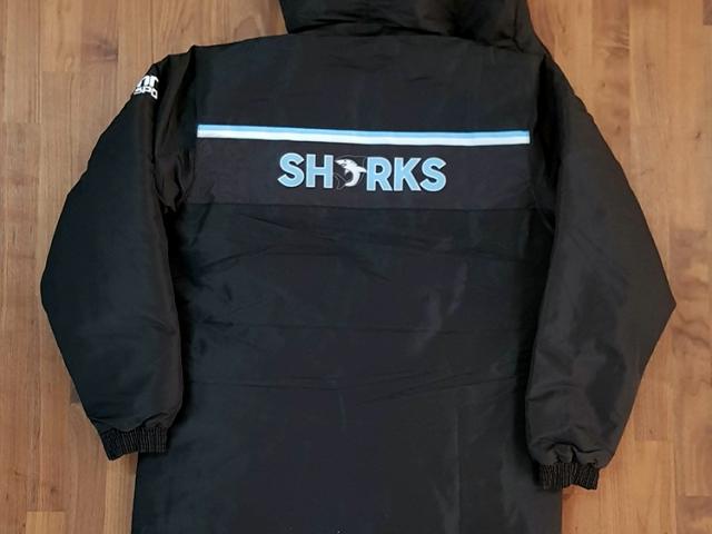 belconnen-sharks-parka-back