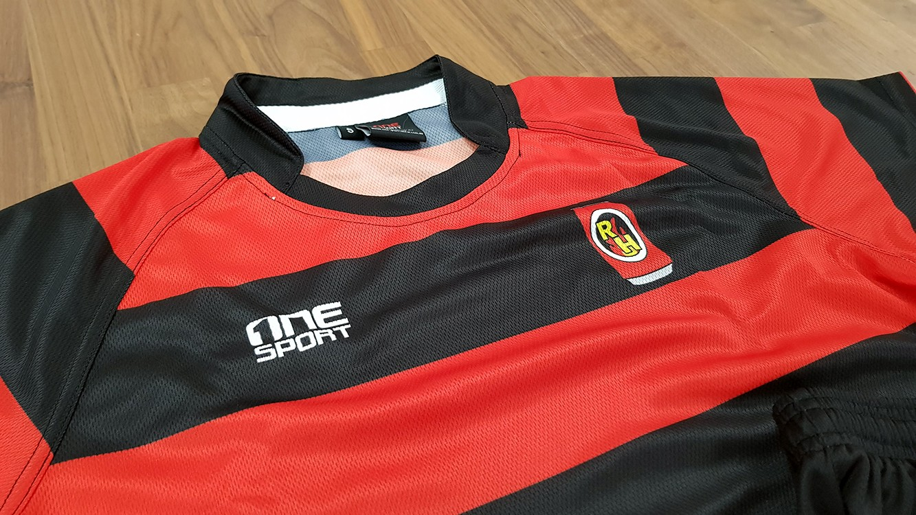 closeup rugby jersey - Custom Tees and Singlets